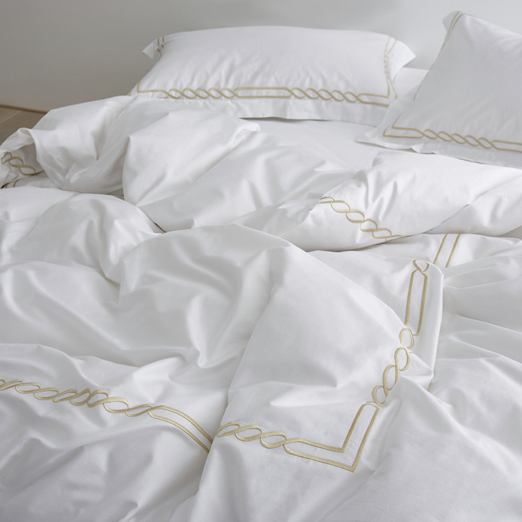 Embroidered Hotel Bedding Set