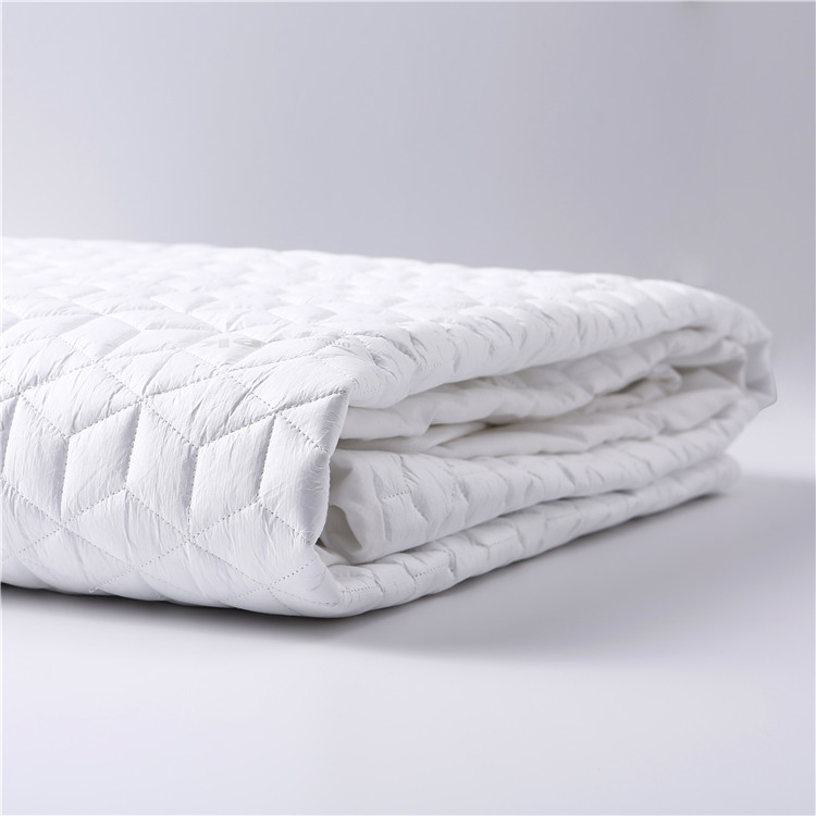 Waterproof Hotel Mattress Protector