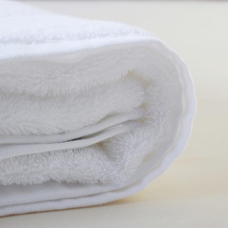 White Bath Towel Set