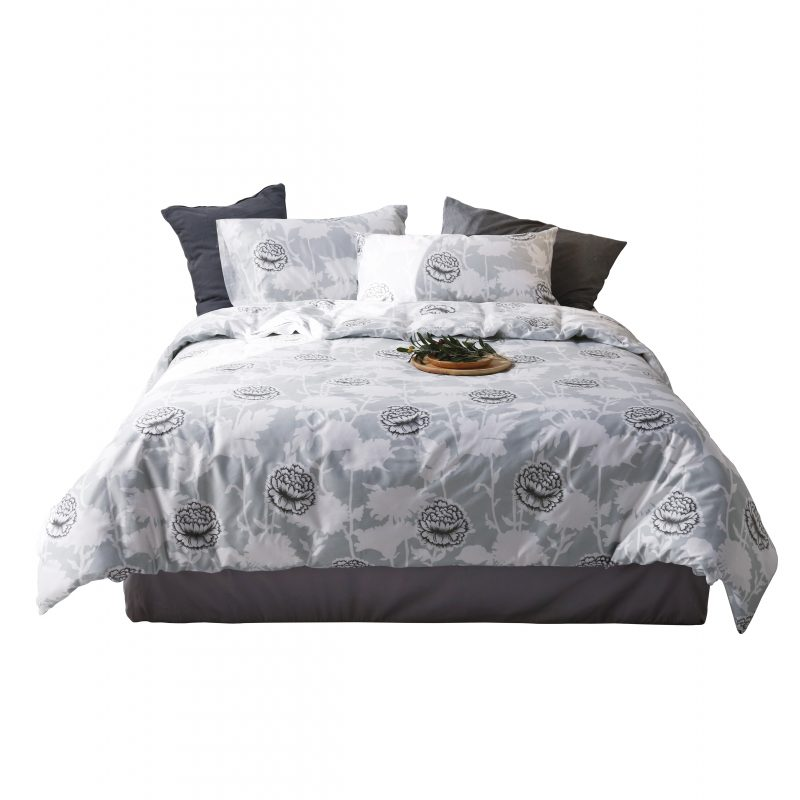 Four-Piece Bedding Set