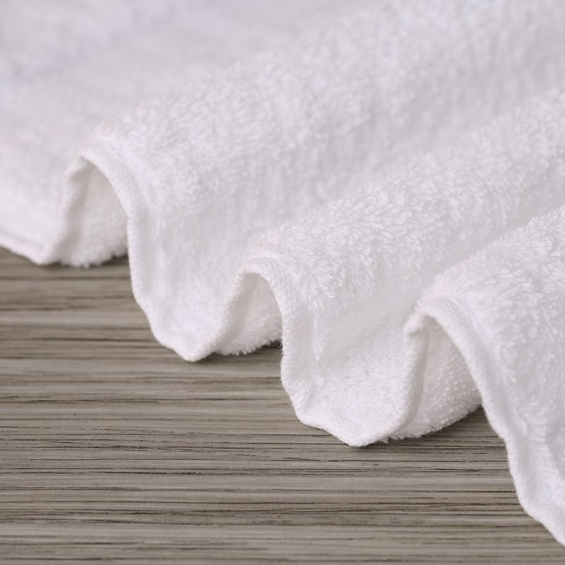 White Bath Towels Set